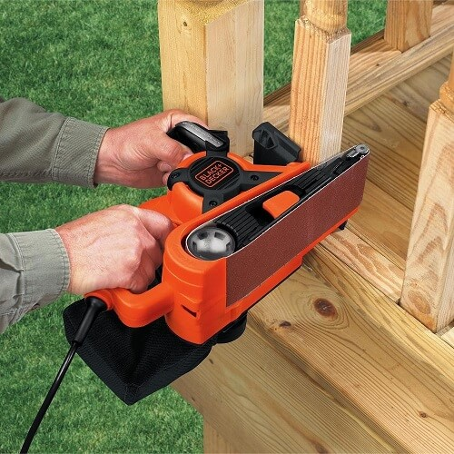 Using the Black & Decker DS321
