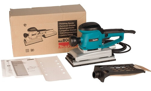 Makita BO4900V with its box